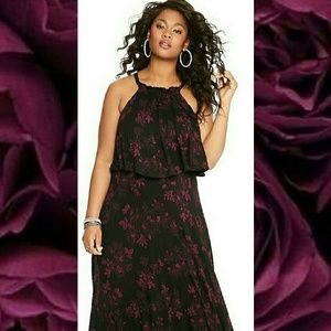 NWT  2X Torrid Maxi Dress